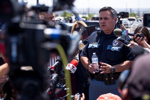 美 텍사스 국경지대 월마트에서 대형 총기참사가 벌어졌다 (현장 사진,