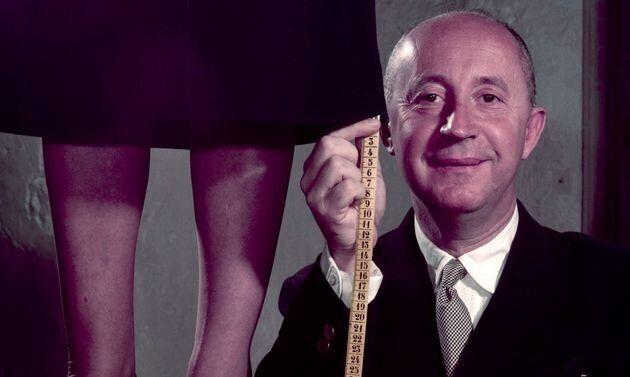 Les conseils de Christian Dior pour porter le foulard comme
