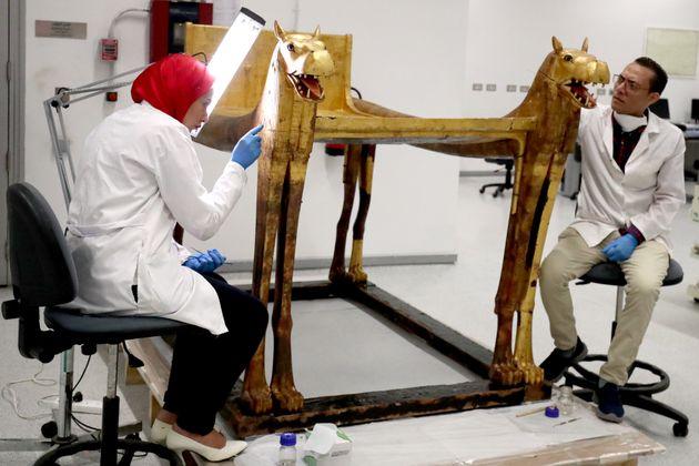 Le sarcophage sera exposé avec d'autres objets en lien avec Toutânkhamon fin
