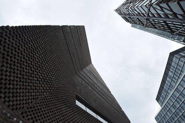 Detienen a un adolescente por arrojar a un niño de seis años desde el décimo piso de la Tate Modern de