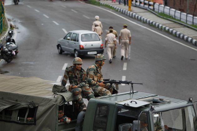 Kashmir: Scrapping Article 370