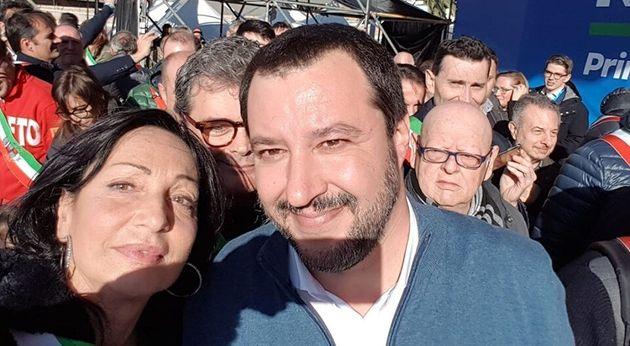 La sindaca di MonfalconeAnna Maria Cisint insieme al segretario della Lega Matteo