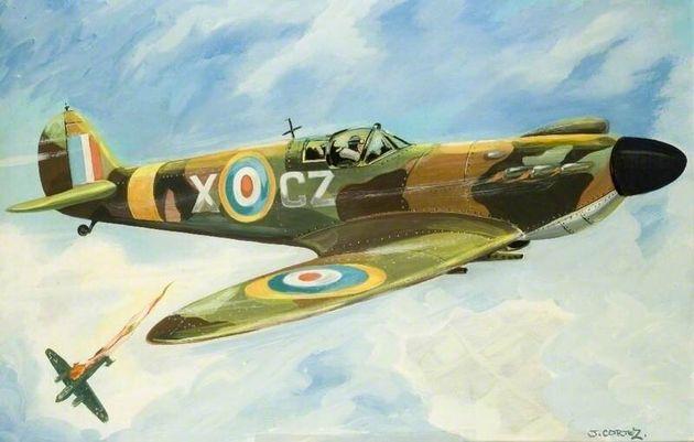 Le Spitfire, un avion de la Seconde Guerre mondiale, décolle pour un tour du