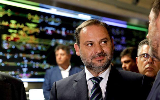 Ábalos se compromete a una reforma de la financiación el primer año de legislatura de un posible Gobierno...