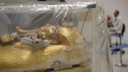 L'Égypte dévoile des images du sarcophage de Toutânkhamon en