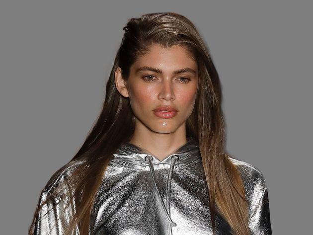 Η Victoria's Secret προσλαμβάνει το πρώτο διεμφυλικό μοντέλο, Βαλεντίνα