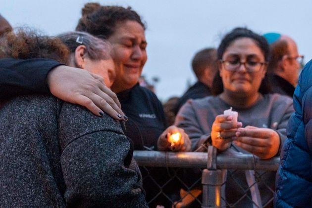 Des centaines de personnes se sont recueillies pour rendre hommage à Lori Kaye, tuée dans...