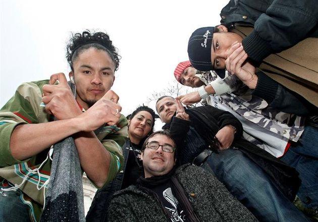 La Policía Nacional detiene a 18 presuntos miembros de bandas latinas en Madrid y