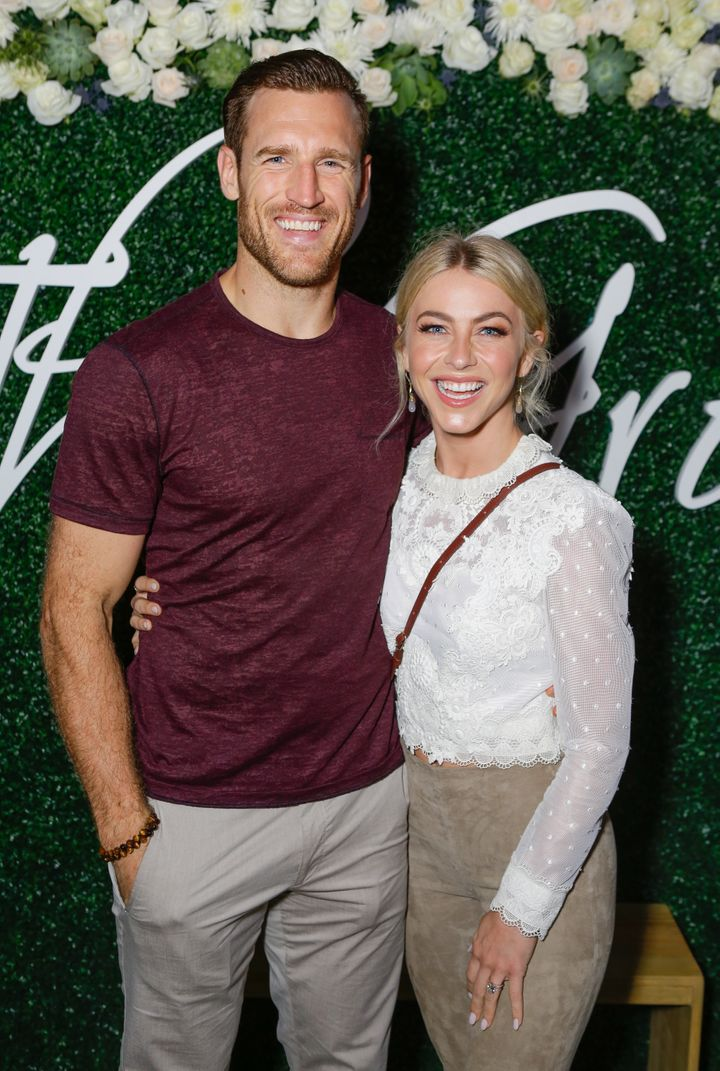 Brooks Laich and Julianne Hough attend the Paint & Sip & Help event to benefit Children's Hospital Los Angeles on Oct