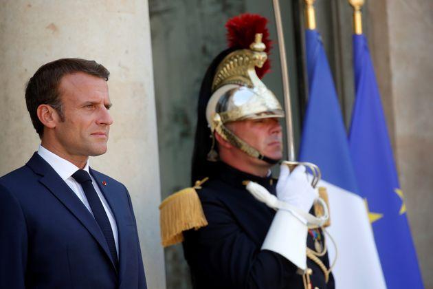 Maire de Signes: Macron adresse ses condoléances à la