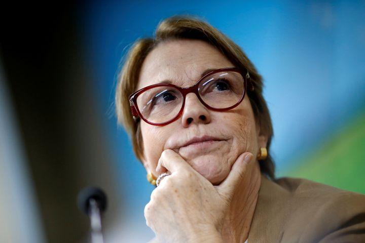 """Ministra Tereza Cristina sobre críticas à nova rotulagem de agrotóxicos: """"A imagem do nosso país está sendo denegrida de uma maneira que de vez em quando é até leviana""""."""