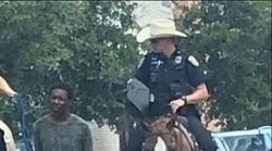 Τέξας: Λευκοί Αστυνομικοί έδεσαν μαύρο στα άλογα τους και τον «συνόδεψαν» στο