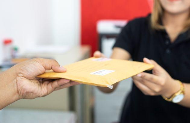 土曜日の郵便配達、2020年秋にも廃止の方針 背景には人手不足も