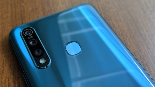 The Vivo Z1 Pro is eye catching but