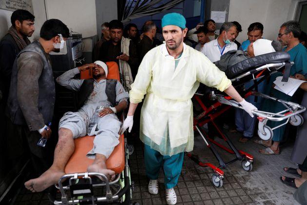 Βομβιστική επίθεση Ταλιμπάν στην Καμπούλ - Δεκάδες