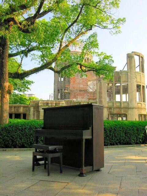 河本明子さんの愛用した被爆ピアノ(HOPEプロジェクト提供)