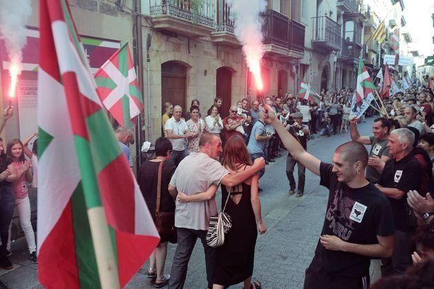 EH Bildu dice que el recibimiento a presos de ETA es