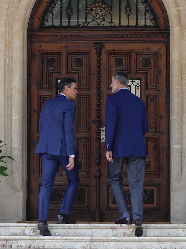 Sánchez llega a Marivent con 50 minutos de retraso al despacho con el