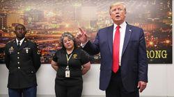 Auprès des victimes d'El Paso et Dayton, Trump s'en est quand même pris aux