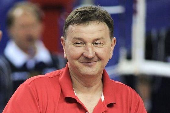 러시아 여자배구 코치가 '눈 찢기' 세리머니에 대해 해명하며 한