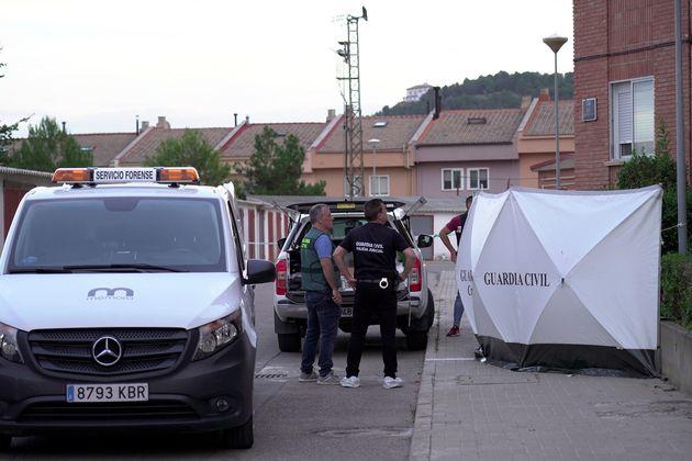 Un hombre mata a su hijo de 16 años, hiere a su mujer y luego se suicida en