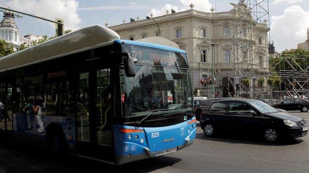 Un autobús con destino a Embajadores, el trayecto en el que se produjo la