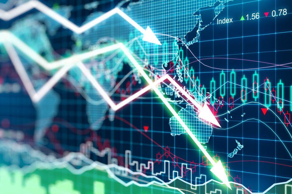 Δημοσιονομική πολιτική και διεθνείς οικονομικές