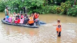 25 Dead In Maharashtra, Karnataka Floods; Kerala Among States Battered By Heavy