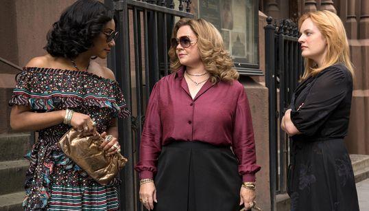 Novo filme de Melissa McCarthy e Elisabeth Moss, 'Rainhas do Crime' é puro