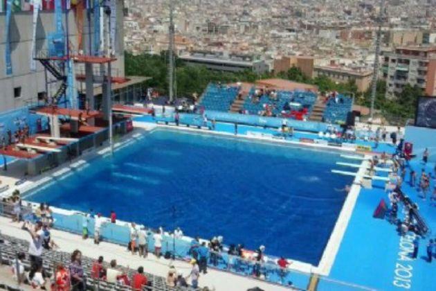 バルセロナの市営プールのイメージ画像