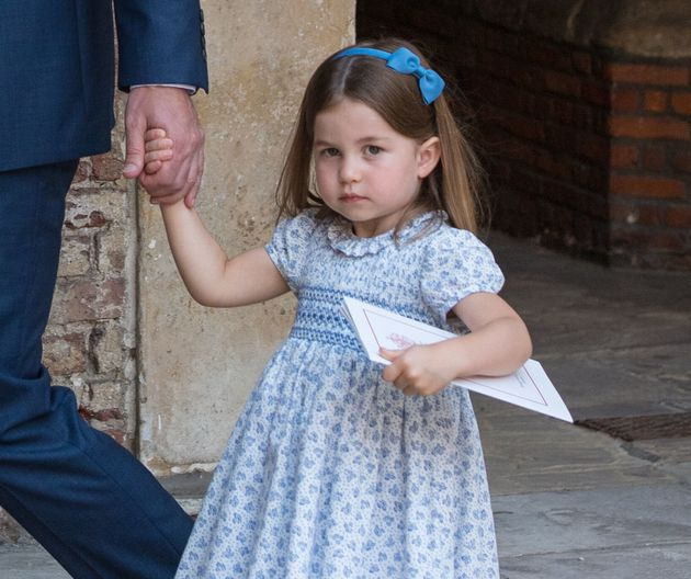 Le linguacce reali della principessa Charlotte fanno scoppiare tutti a