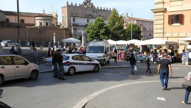 Falso allarme bomba a piazzale Flaminio a Roma. Evacuata
