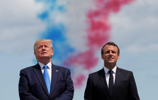 Donald Trump et Emmanuel Macron lors de la célébration des 75 ans du débarquement...