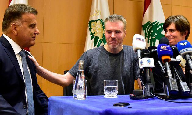 Kristian Lee Baxter, au centre, a tenu à remercier le Liban pour avoir permis sa sortie de