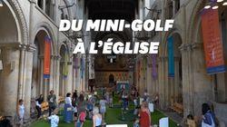 Une cathédrale anglaise installe un mini-golf pour attirer les