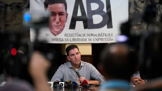 "Journalist Glenn Greenwald attends a press conference before the start of a protest in his support in front of the headquarters of the Brazilian Press Association, known as ABI, in the city of Rio de Janeiro, Brazil, Tuesday, July 30 , 2019. Brazil's president has raised the possibility of jail for journalist Glenn Greenwald a few days after members of his party said the American's Brazil-based internet publication was ""aligned with criminal hackers"" for reporting on hacked phone calls.  (AP Photo/Ricardo Borges)"