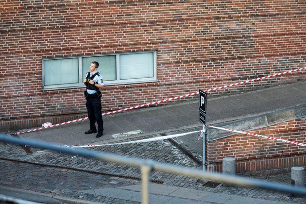 Έκρηξη κοντά σε αστυνομικό τμήμα στην