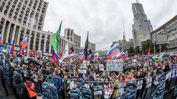 En Russie, 50.000 manifestants réclament des élections libres, selon les
