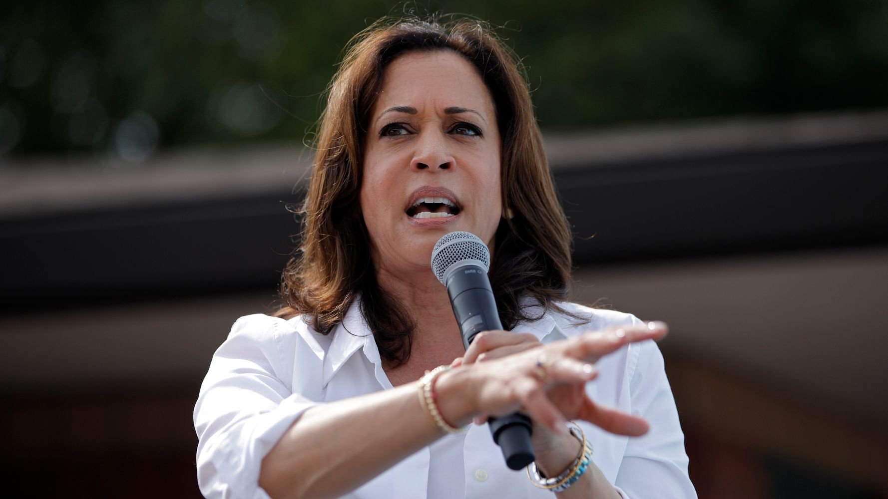 Westlake Legal Group 5d4f24353b0000a912daecd8 Kamala Harris: Trump Was 'Tweeting Out The Ammunition' For El Paso Shooter