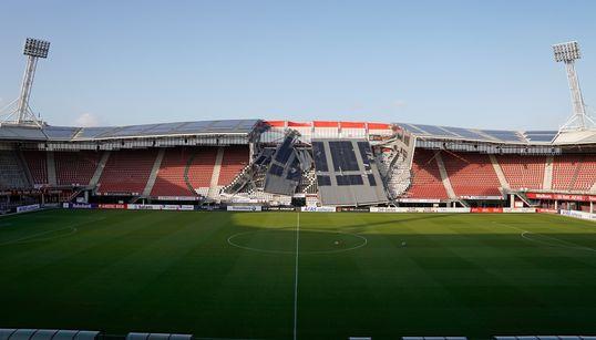 Le toit d'un stade s'effondre à cause de vents violents aux