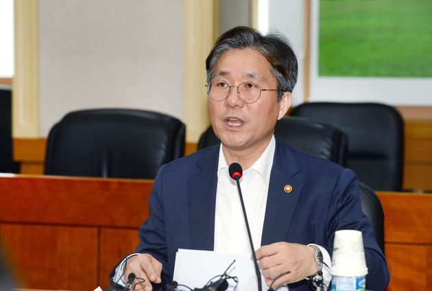 한국도 일본을 화이트리스트서
