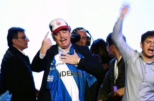 Alberto Fernández se impone con contundencia a Macri en las primarias en