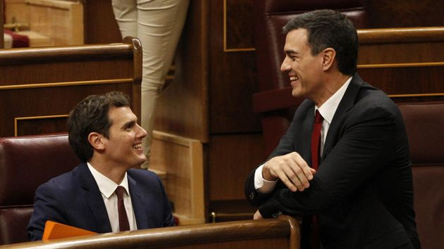 Echenique cree que Sánchez retrasa a septiembre las negociaciones porque