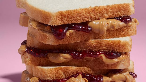 3 sandwiches