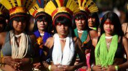 Por que cerca de 300 mulheres indígenas ocupam prédio do governo em