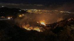 Un segundo incendio en Gran Canaria dificulta las labores de extinción y obliga a más