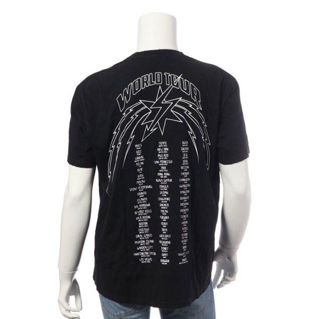 批判を受けたジバンシィのTシャツ