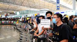 Le trafic aérien reprend à Hong Kong après le sit-in géant des