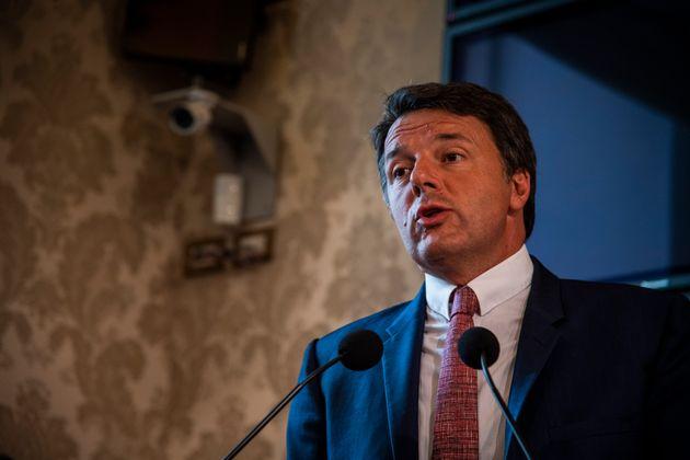 Al Senato prevale la maggioranza M5S/Pd. Matteo Renzi:
