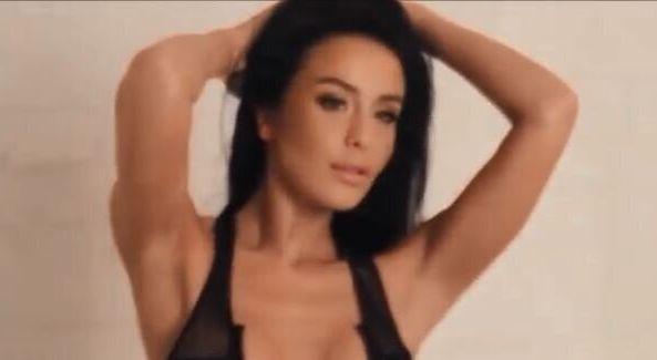 Πρώην μοντέλο του Playboy πέθανε από πνιγμό μετά από κατ' οίκον θεραπεία
